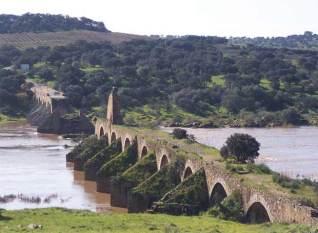 Puente de Ajuda, en la frontera entre Olivenza y Portugal