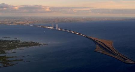Puente de Oresund, entre Dinamarca y Suecia (click para ampliar)