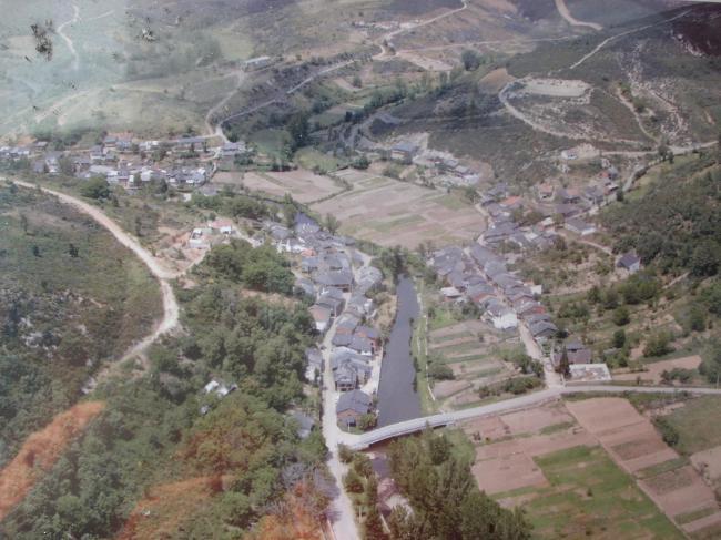 Vista aérea de Rihonor de Castilla y Rio de Onor