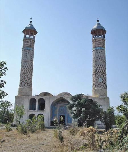 LUGARES ABANDONADOS-LUGARES OLVIDADOS (sitios fantasma en el mundo) Agdam10-mosque