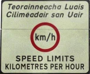 Irish_border_sign_mediumres