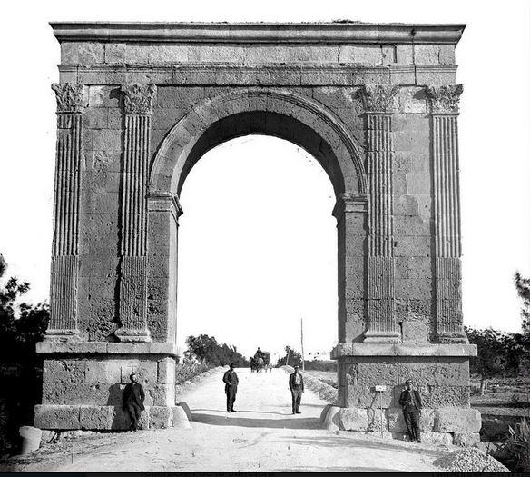 N340-Arco de Bará-1871
