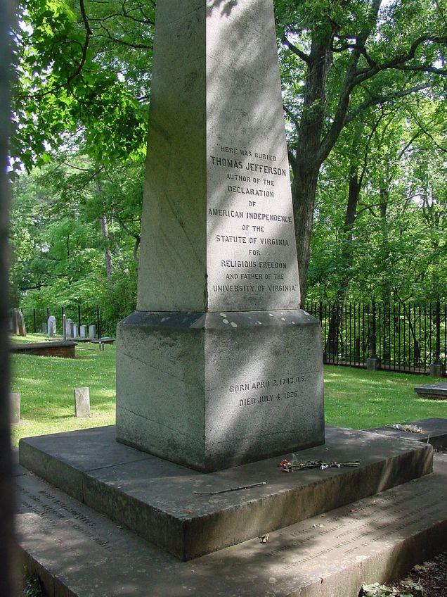 800px-Thomas_Jefferson's_Grave_Site