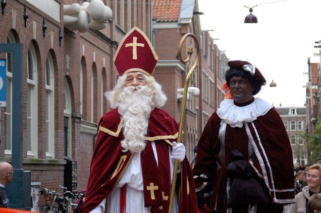 1200px-Sinterklaas_zwarte_piet